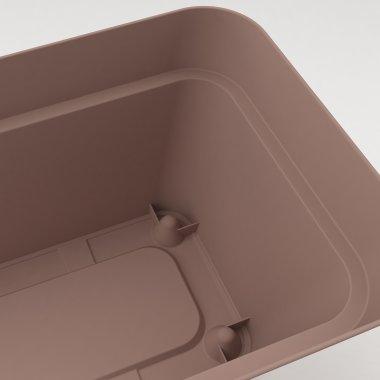 Veduta dell'interno della cassetta con dettaglio delle rientranze sul fondo